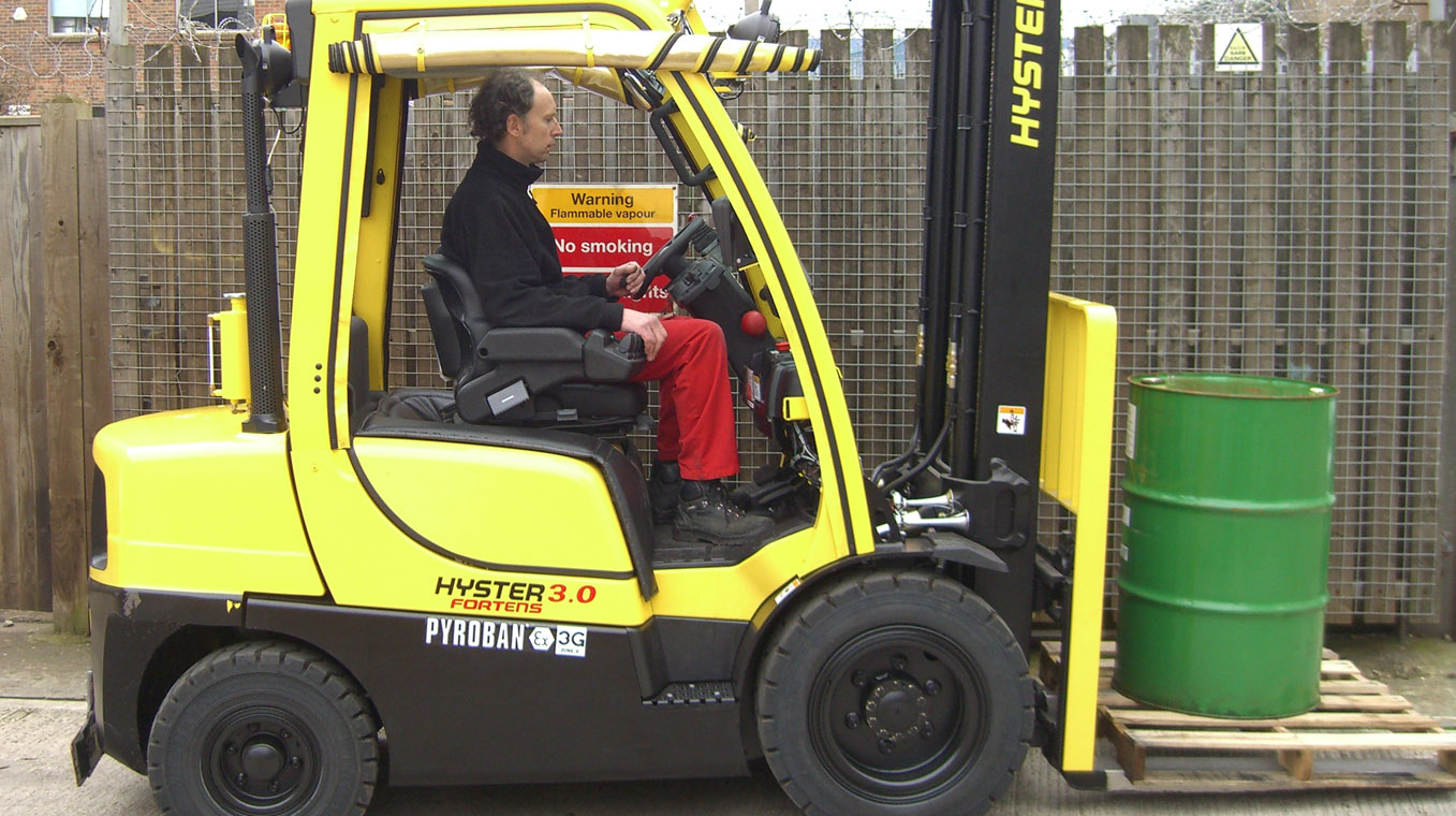 Hyster-Blog-Post-Image-Chemical