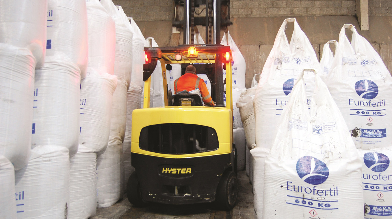 Hyster-Blog-Post-Image-Chemical_B