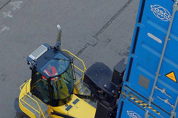 MAKE CHANGES TO BOOST YOUR BIG TRUCKS OPERATIONS WITH HYSTER